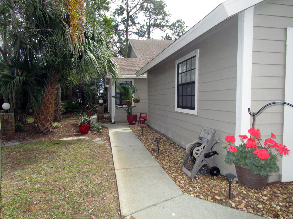2016 Cornell condo for sale in Spruce Creek Fly In